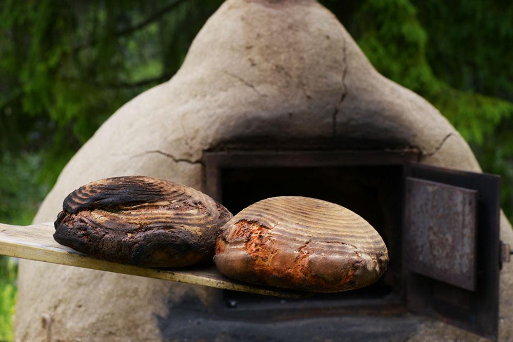 Lehm Feuer & Brot